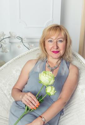 Single female Elena, 50 y/o, from Kharkov, looking for male, girls for . Women from Ukraine. I am modest Ukrainian woman with calm character and positive views. I want to meet true love which raise real feelings in my heart. I will never cheat person with whom I am..