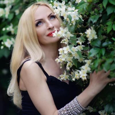 Single female Anna, 47 y/o, from Kharkov, looking for male, girls for . Women from Ukraine. I am optimistic and active Ukrainian woman with open heart and sincere intentions. I want to meet person who will be my person, who will be close to me emotionally, spiritually and mentally. I think life is too short to wste it on not useful things. I stand for healthy style of life, positive emothions. I like to travel, love nature, I just like to enjoy life around me..